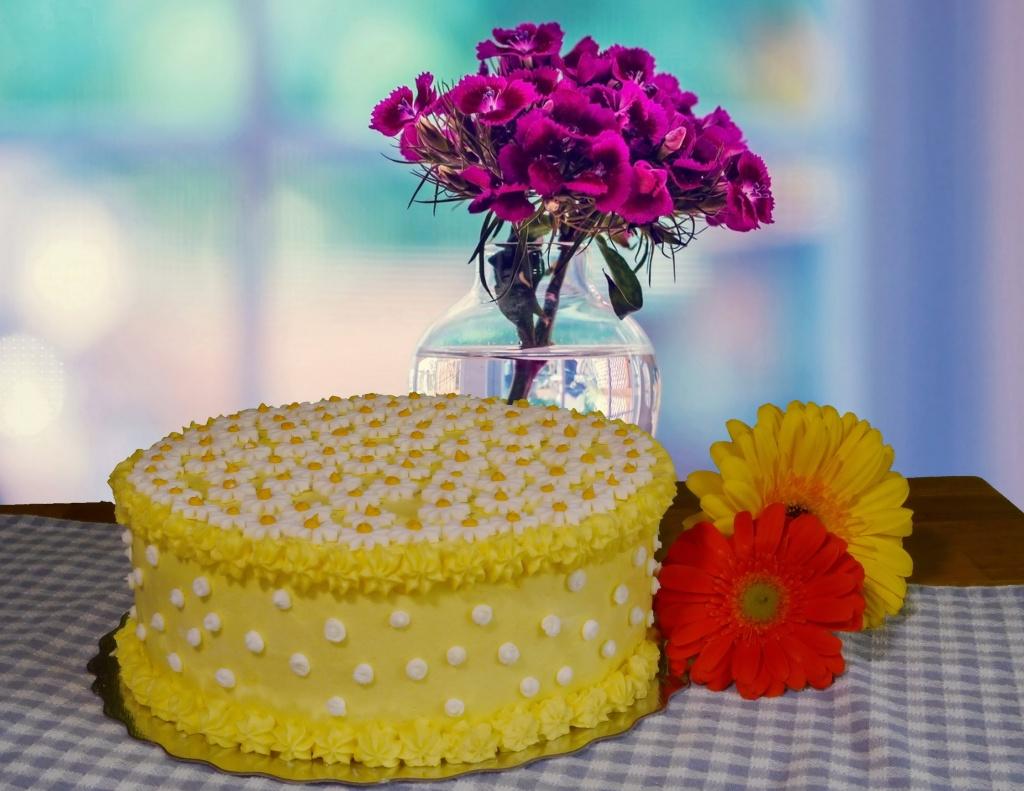 Spring in Lemon Fondant