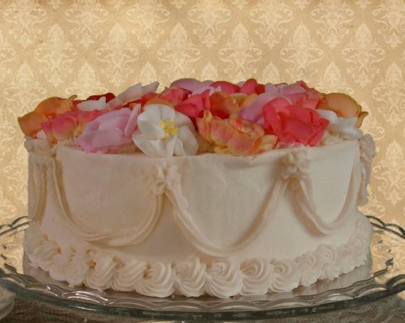 Les Fleurs in Vanilla and Buttercream (v)