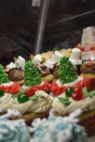 Broader view of cupcake display