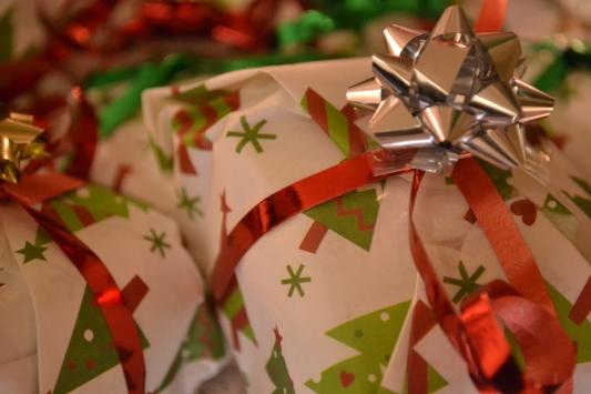 Wrapped up fruitcakes